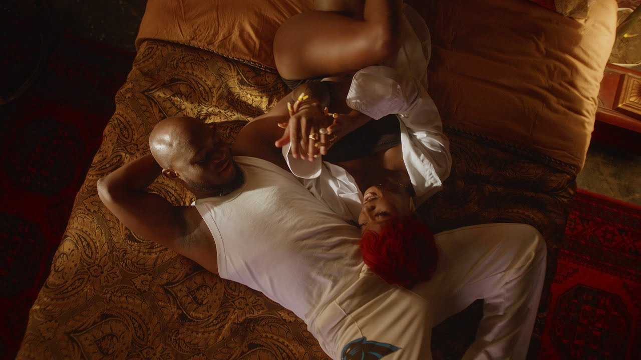 King Promise – Slow Down (Acoustic Session) Ft. The Compozers